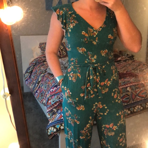 8847e0f881 Xhilaration Pants - Green Floral-Patterned Jumpsuit